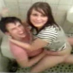 Sexo No Banheiro Da Escola