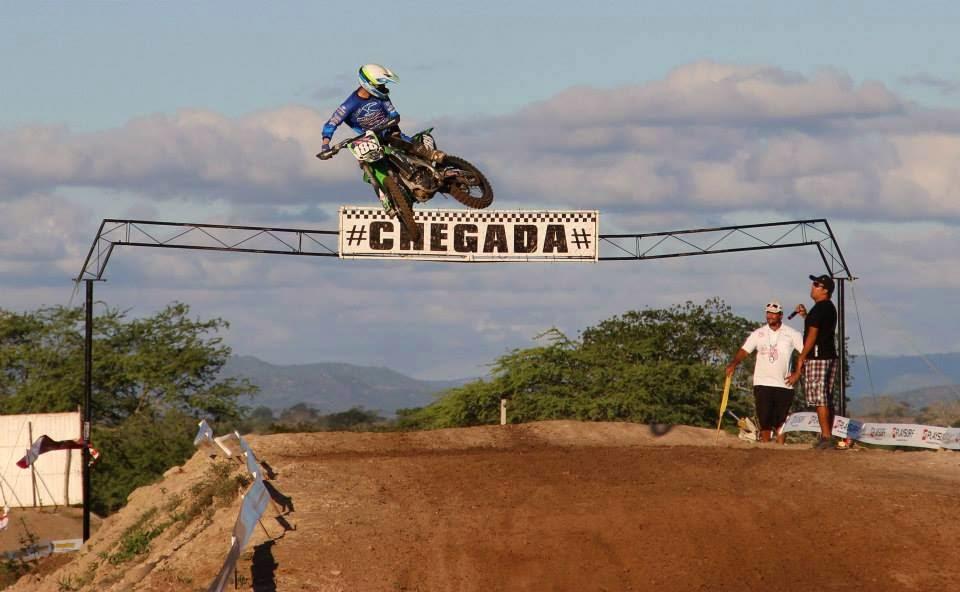 Chegada do Motocross em Panelas-PE