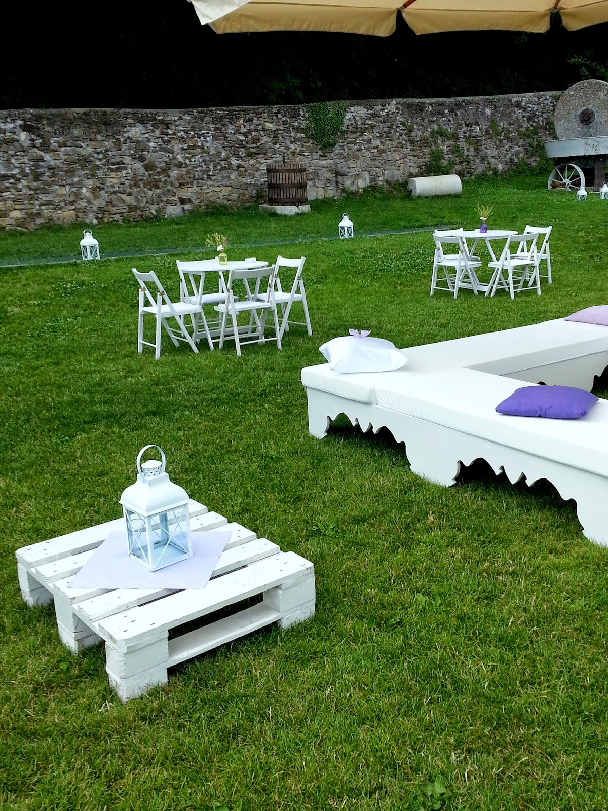 Salotto giardino ikea con vasche per pesci da giardino for Piscine per pesci