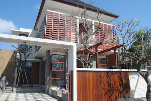 BALI LOMBOK property land villa house for sale rent