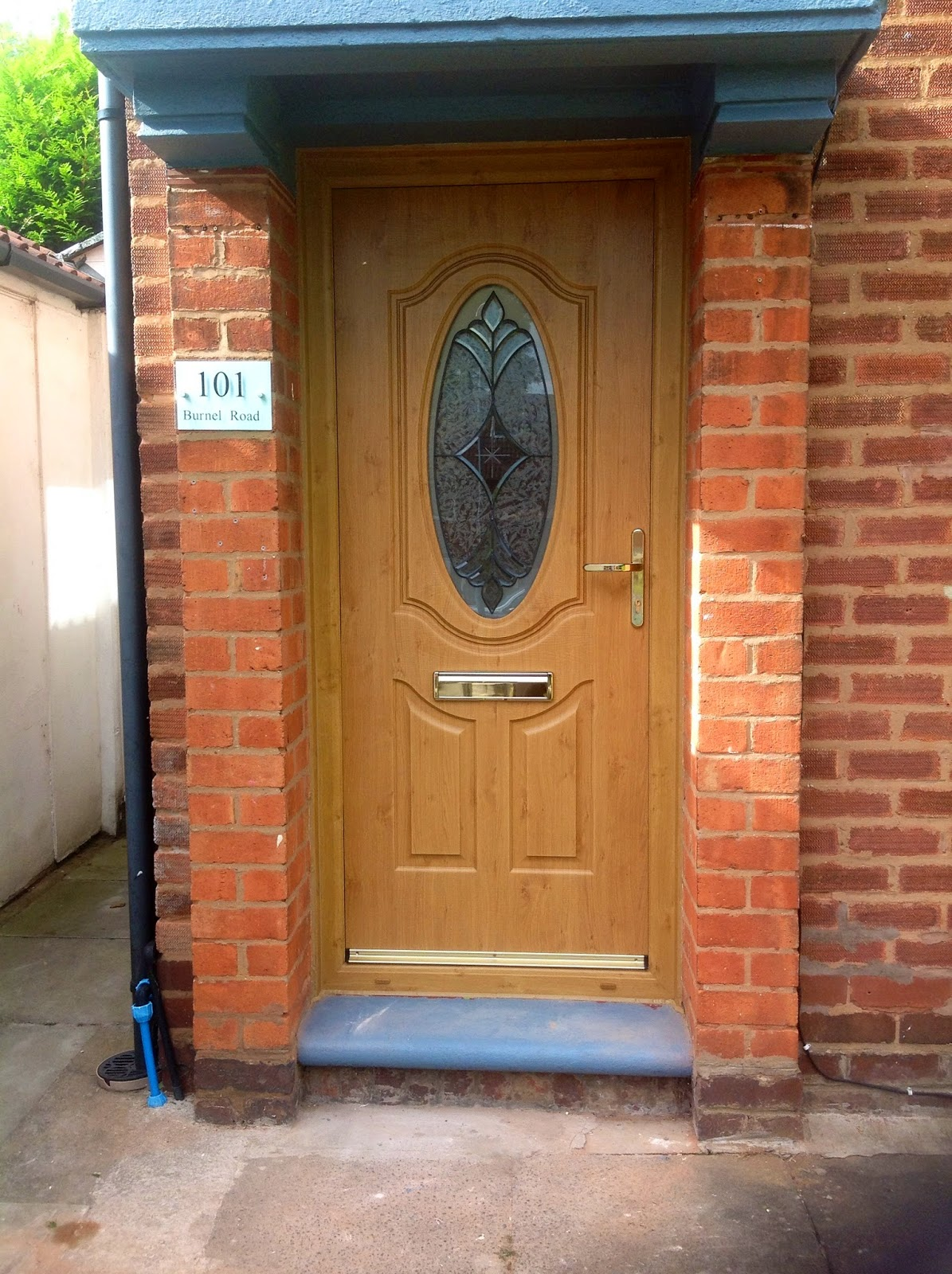 One Of The Many Rock Doors We Are Fitting At The Moment In Birmingham This Fantastic Looking Montana Ultimate Rock Door In Light Oak Really Stands Out And . ... & Door Fitters Birmingham \u0026 Birmingham Thursday 24th September 2015 ... Pezcame.Com