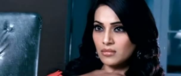 Screen Shot Of Hindi Movie Raaz 3 2012 300MB Short Size Download And Watch Online Free at worldfree4u.com