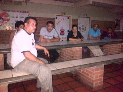 BODEGUEROS, PUEBLO Y AUTORIDADES SE REUNIERON EN RUIZ PINEDA