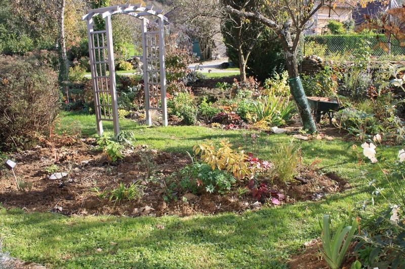 Nouveau massif 4.   Le blog de mon doubs jardin