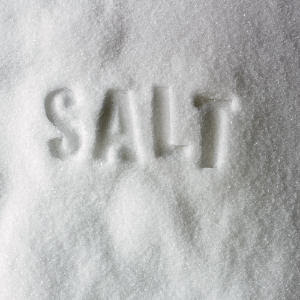 Salt Chips1 Odd Uses for Everyday Things in Your House!