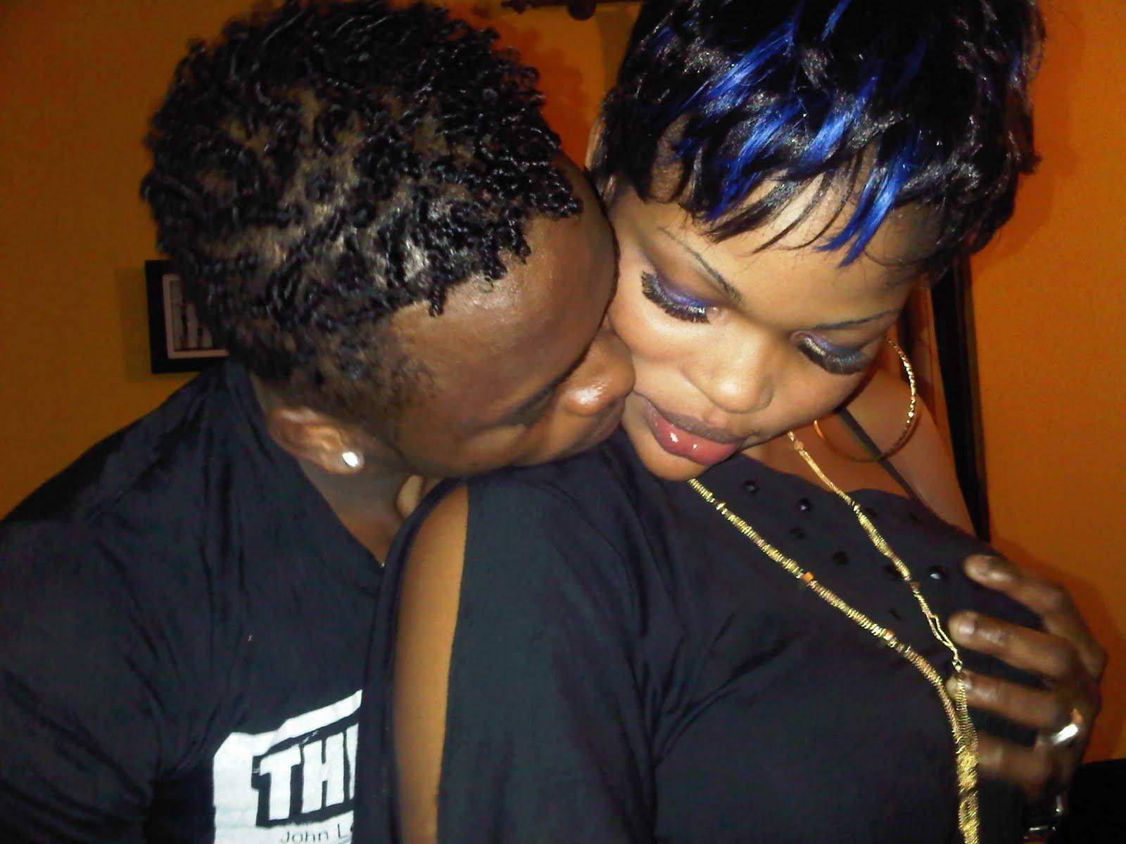 Topic: PICHA: Wema na Diamond live bila chenga