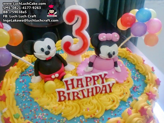 kue tart ulang tahun tema mickey mouse
