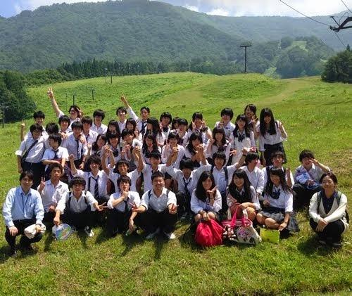 桜町高校軽音楽部