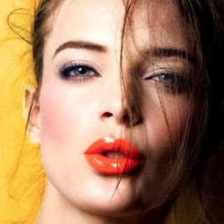 Bold this summer with Orange lips