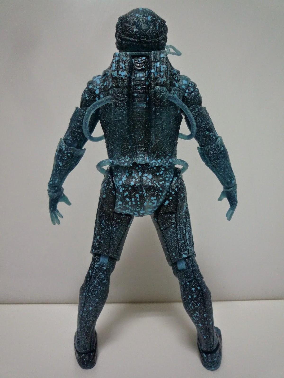 """NECA Prometheus serie 3: Análisis del """"Holographic Chair Suit ..."""