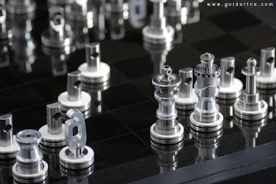 Cool and Unusual Chess Sets (15) 1
