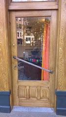 Imitatie eiken deur in de Jordaan, Amsterdam