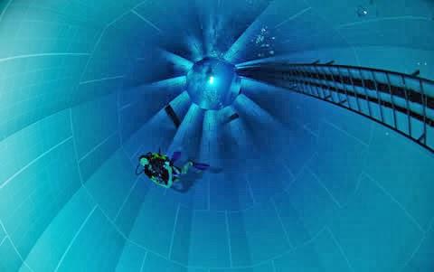 piscina más profunda del mundo