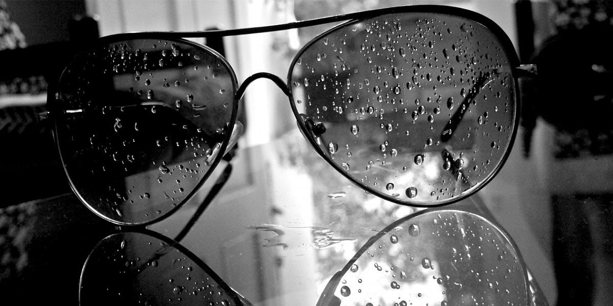 Water drops glasses l 300+ Muhteşem HD Twitter Kapak Fotoğrafları