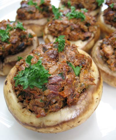 Stuffed Mushrooms with Sun-Dried Tomatoes, Goat Cheese and Olives