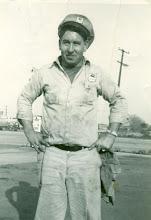 Loy B. Stinnett 1925-1999