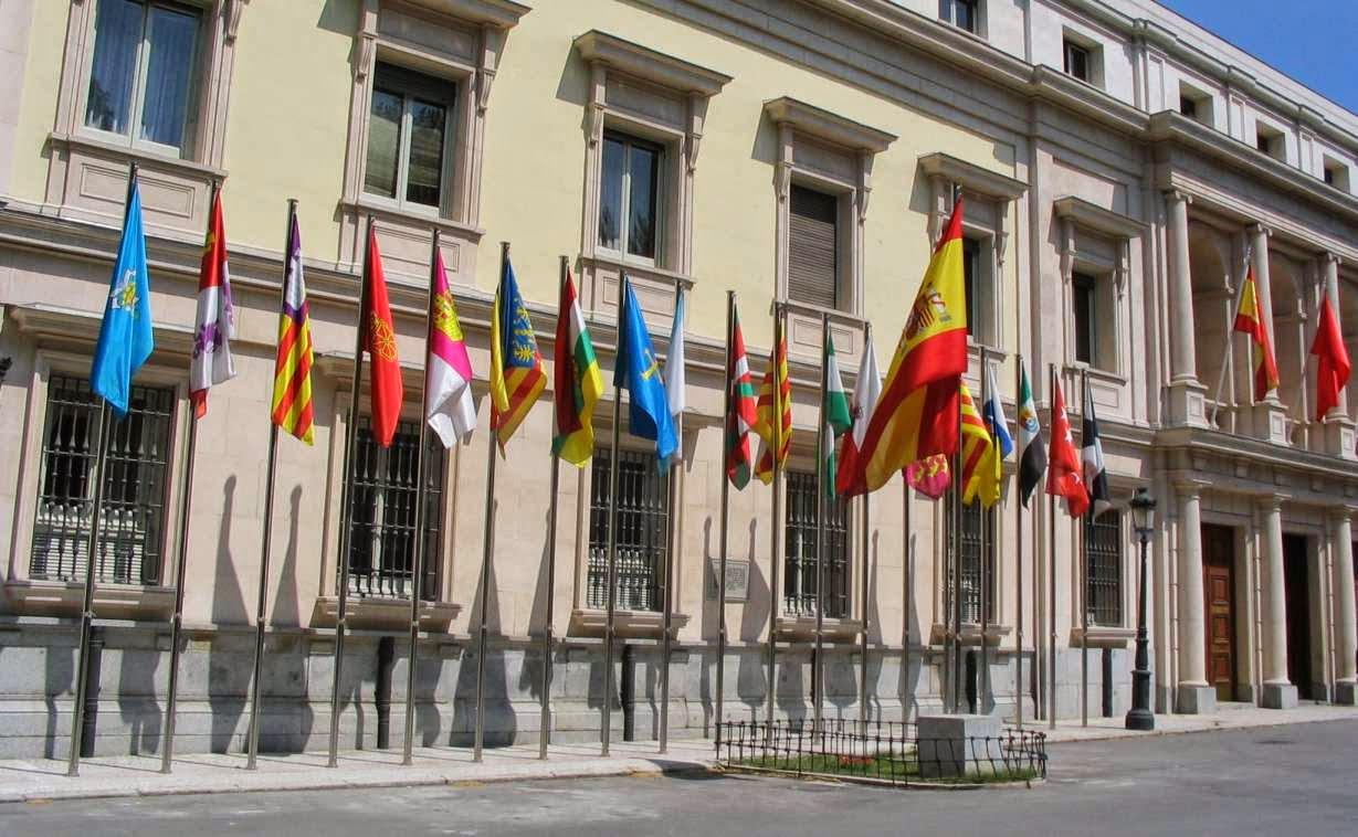 Ley marco y Comunidades Autonomas