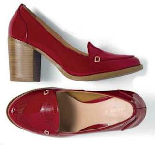 Zapato alto color rojo taco cuadrado