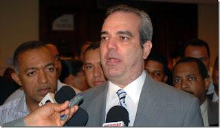 Luis Abinader sospecha campaña mediática y dicen son las autoridades las que deben dar  explicaciones