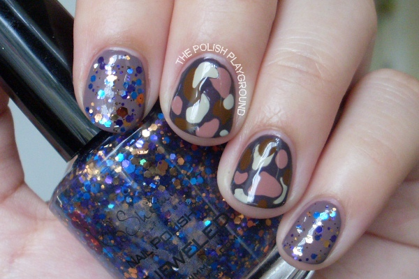 Pebble Stones and Glitter