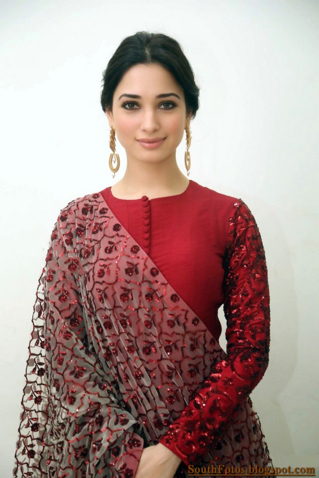 Tamannaah HD Photos