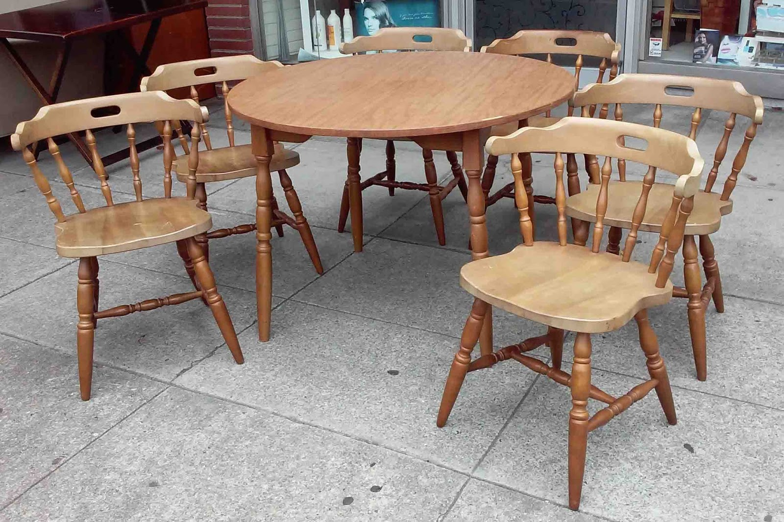 UHURU FURNITURE & COLLECTIBLES SOLD Round Table With 6