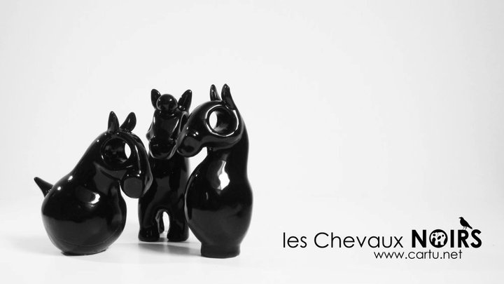 chevaux noirs