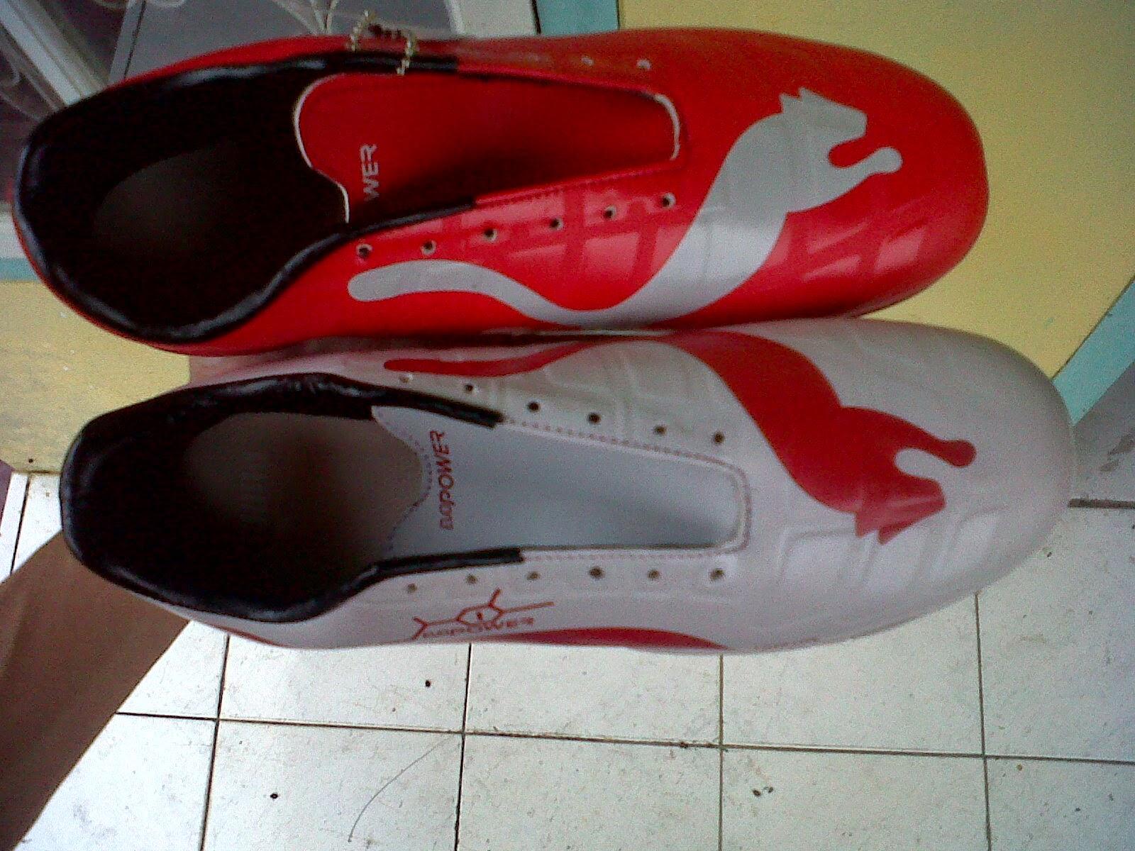 sepatu futsal puma terbaru beda warna