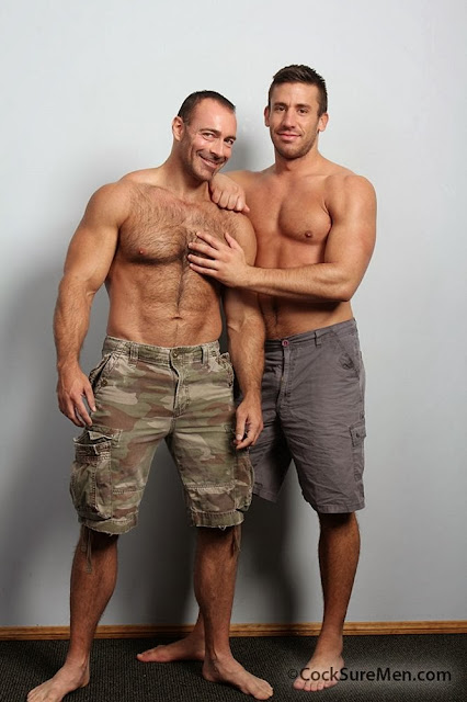 HOT HARIY MALE MODEL DEAN MONROE AND BRAD KALVO