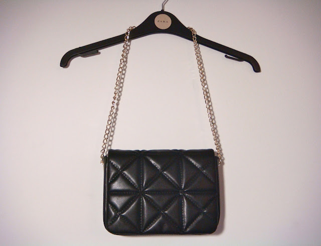 Zara Quilted Shoulder Bag 24