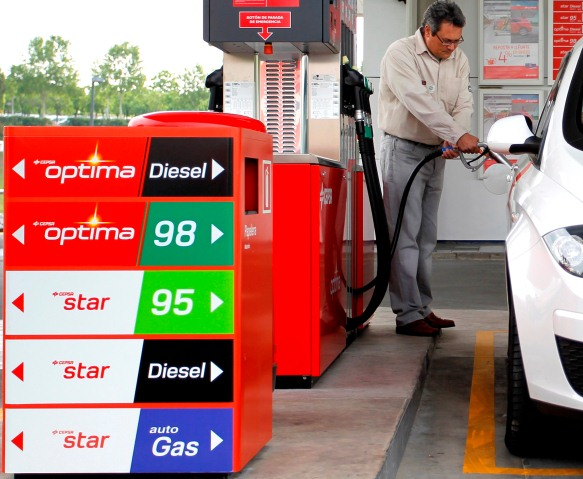 ¿Cuánto gana Hacienda por un litro de gasolina?