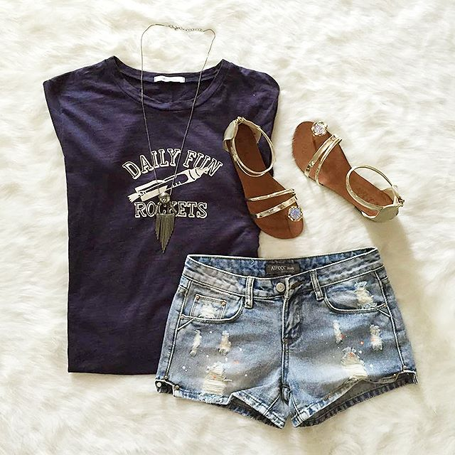 T Shirts, Jeans Short, Sandals, Necklace | Outfits