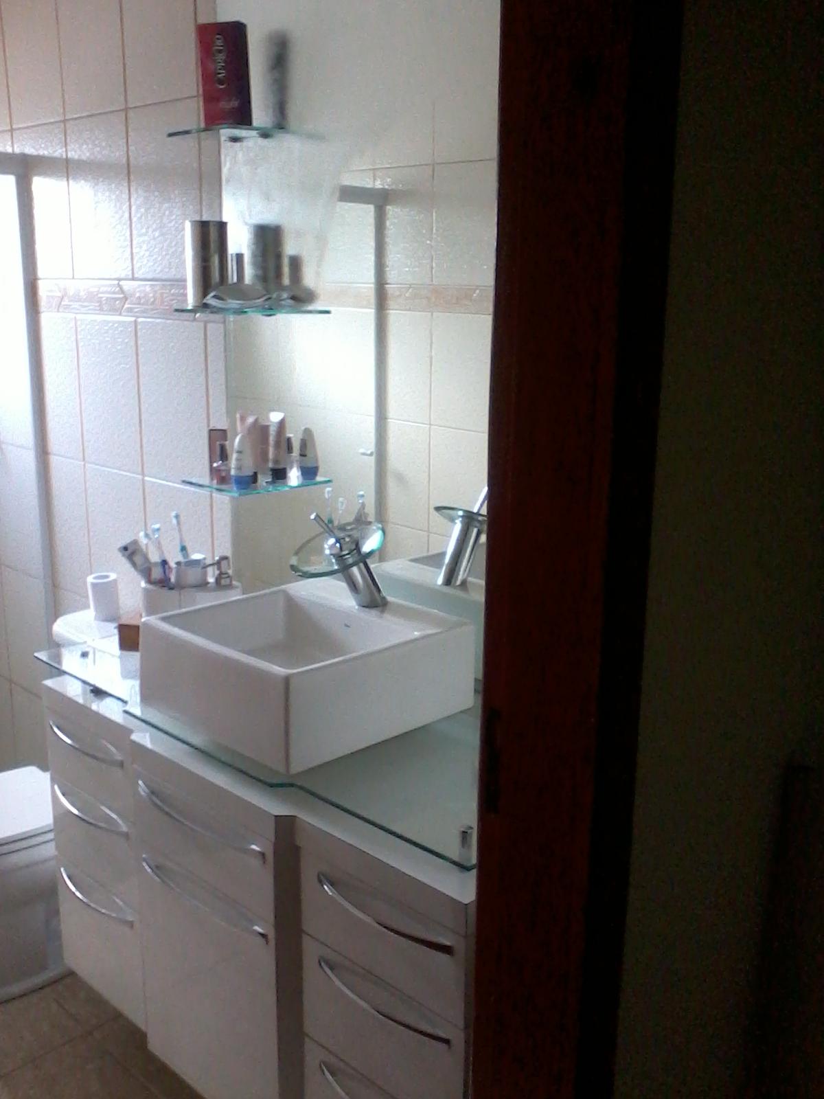 Picolo Marcenaria  Móveis Planejados Balcão de Banheiro -> Balcao Banheiro Moderno