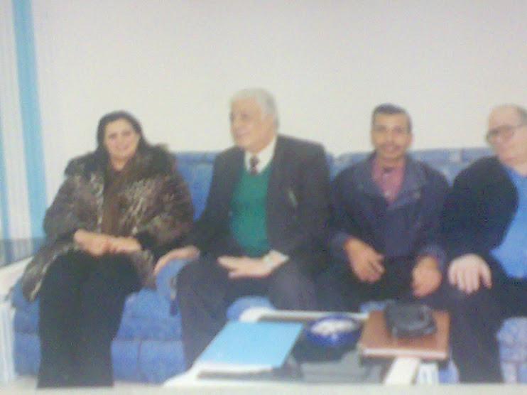 مع الفنانة الليبية خدوجة صبرى والناقد المسرحى عبد الغنى داود والكاتب أمين بكير