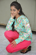 Aishwarya photo shoot gallery-thumbnail-3