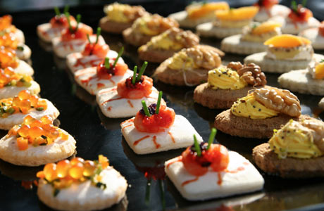 Weddingspies: Finger Food Ideas For Weddings | Finger Food Ideas ...