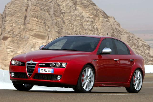 2012-Alfa-Romeo-159-Exterior-front