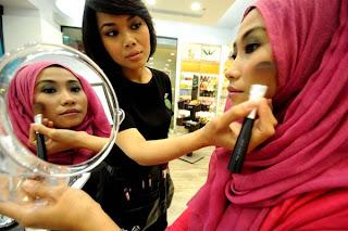 Hijab untuk Hari Lebaran