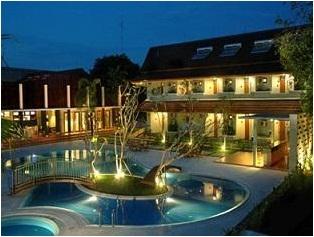LPP Garden Hotel Adalah Sekelas Bintang 3 Yang Cukup Unik Dengan Tatanan Interior Menawan 45 Kamar Ini Memiliki 4 Jenis Tipe