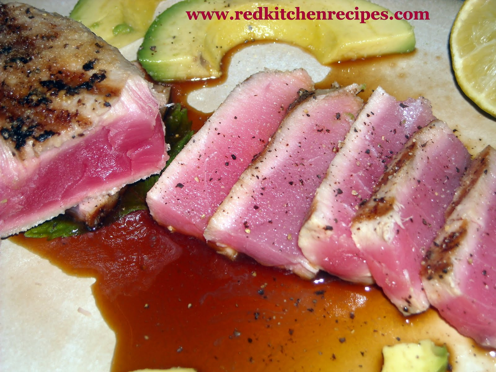 how to cook yellowfin tuna steak in a pan
