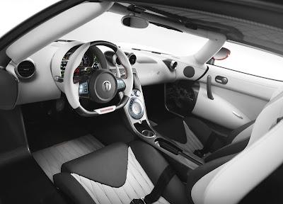 Koenigsegg-Agera_R_Dashboard