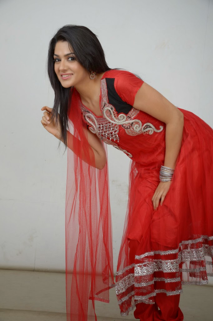 Actress Sakshi Choudhary Latest Picture Gallery in Red Salwar Kameez 0037.JPG