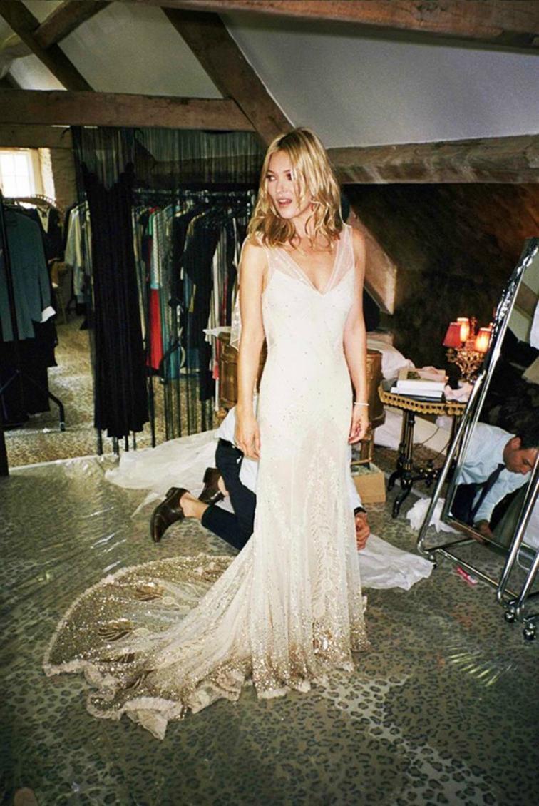 Kate Moss by Mario Testino kiss me kate, wedding day, Galliano gown f