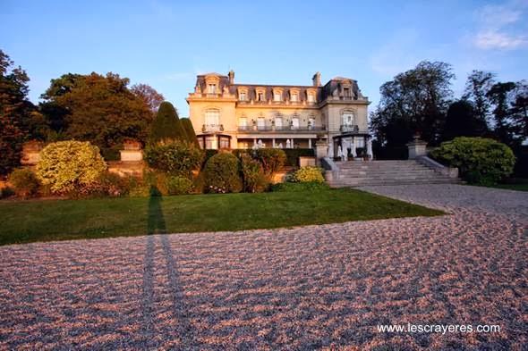 Chateau francés en Reims visto desde los jardines
