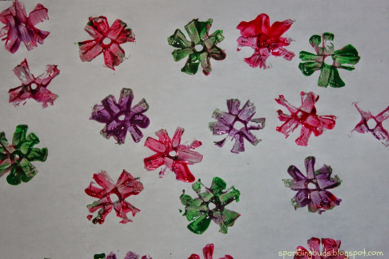 http://sparklingbuds.blogspot.com/2014/05/paper-flower-stamping.html