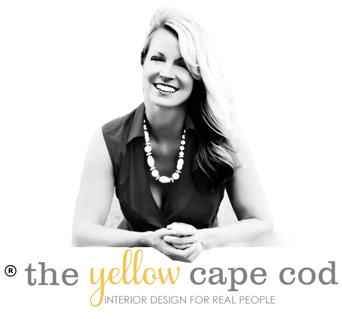 The Yellow Cape Cod: Learn To Make A DIY Rustic Pumpkin Stand