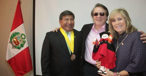 Carlos Villagrán, o Quico, é homenageado em cidade peruana