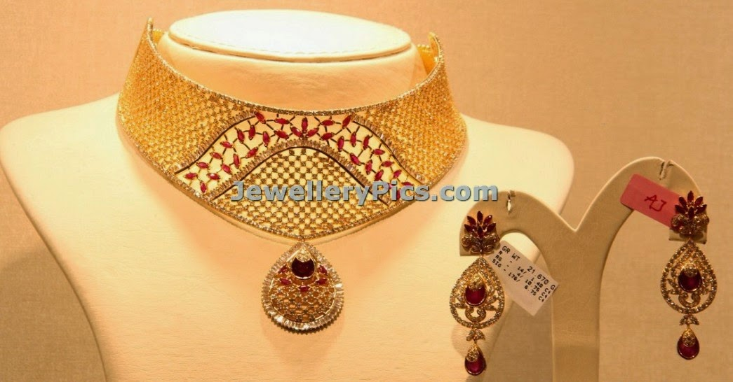 Mesh shaped pear model rubies studded diamond set