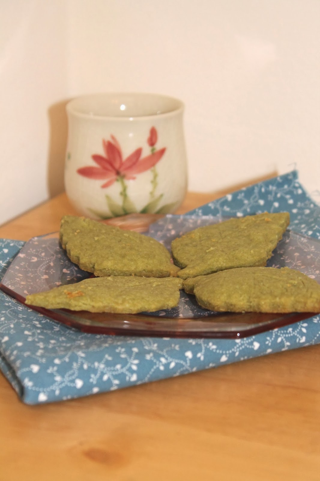 Savory Moments: Matcha tea leaf shortbread cookies