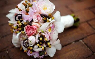 Un hermoso arreglo floral - Wedding flowers bouquet
